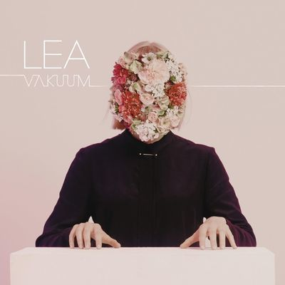 <strong>Lea</strong></br> Vakuum